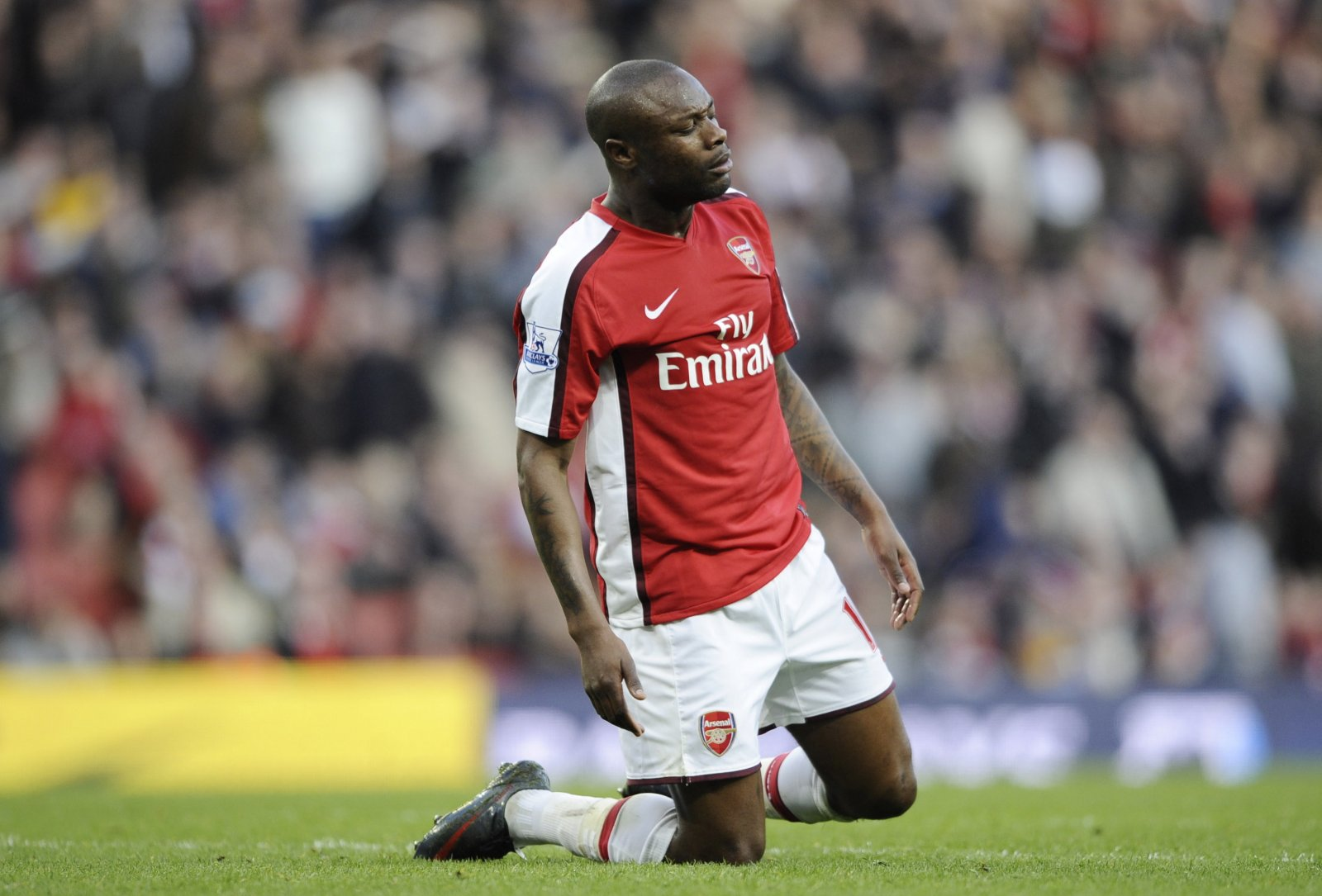 Transfers that ruined careers: William Gallas to Arsenal | The Transfer Tavern